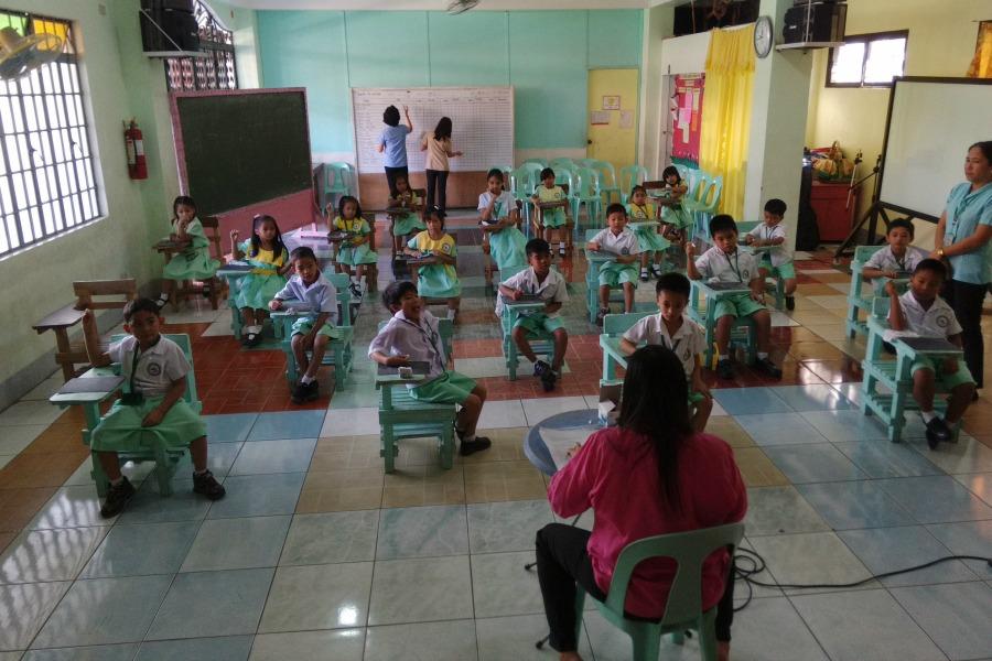 school-classroom-slider-900x600